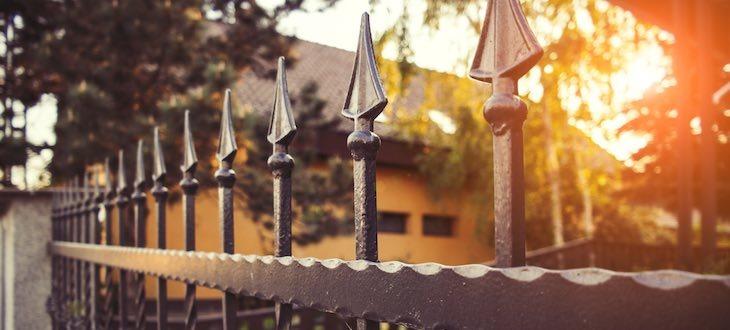 ornamental-iron-vs-wrought-iron